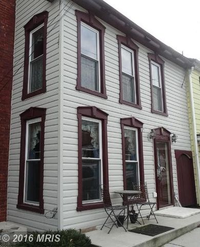 15 Cumberland St, Clear Spring, MD 21722
