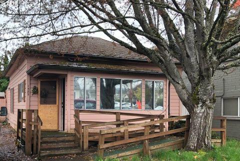 Photo of 1585 Olive St, Eugene, OR 97401
