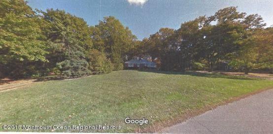53 Harbor Rd, Morganville, NJ 07751