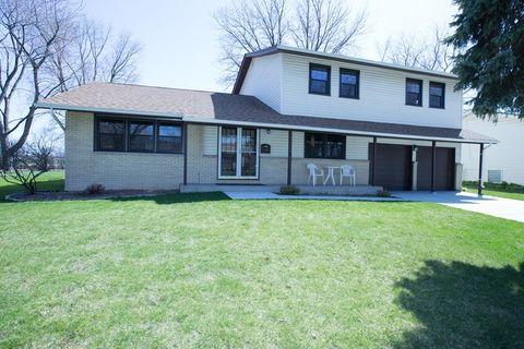 105 S Arlene Ave, Palatine, IL 60074