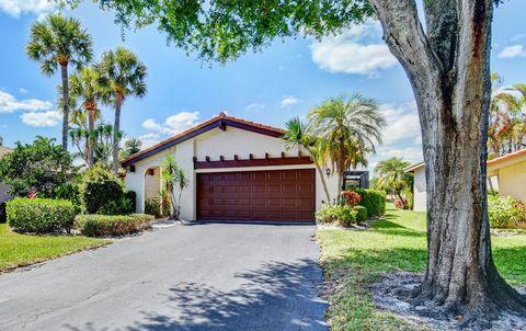 Photo of 5645 Lakeview Mews Dr, Boynton Beach, FL 33437