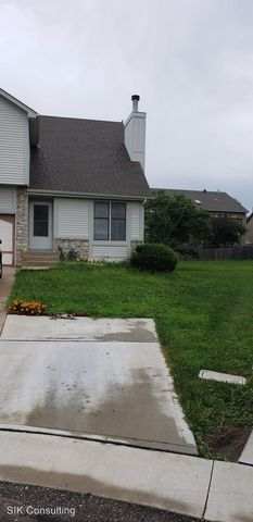 Photo of 6642 W 152nd St, Overland Park, KS 66223