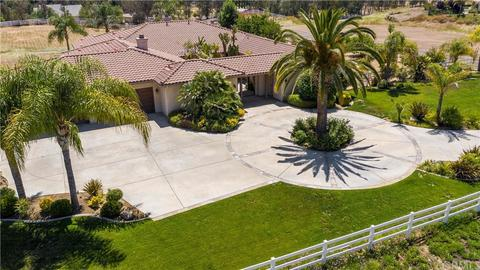 Cool With Single Story Homes For Sale In Temecula Ca Realtor Home Interior And Landscaping Pimpapssignezvosmurscom