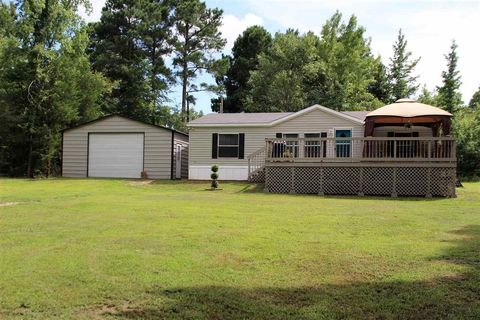 13166 County Road 3104 Gladewater TX 75647