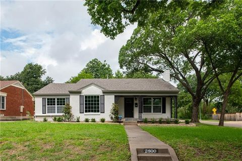 Photo of 2800 Ryan Place Dr, Fort Worth, TX 76110