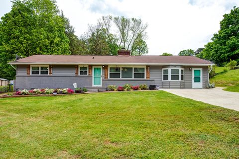 Photo of 4720 Mildred Dr, Knoxville, TN 37914