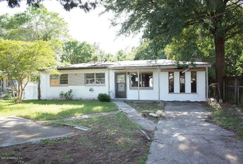 Photo of 13360 Gillespie Ave, Jacksonville, FL 32218