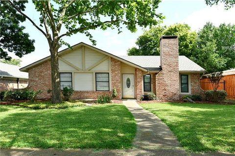 Photo of 2809 Ivanridge Ln, Garland, TX 75044