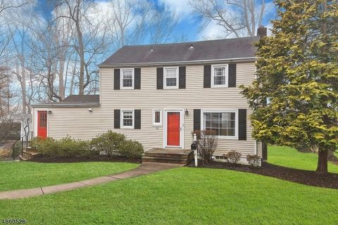 Photo of 32 Beech Ave, Berkeley Heights Twp, NJ 07922