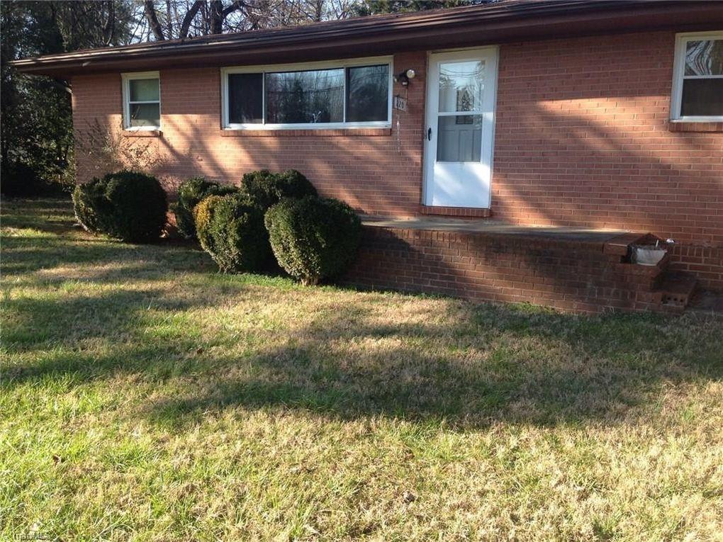 220 Garden Dr, Lexington, NC 27292
