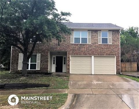 Photo of 213 Vines Dr, Cedar Hill, TX 75104