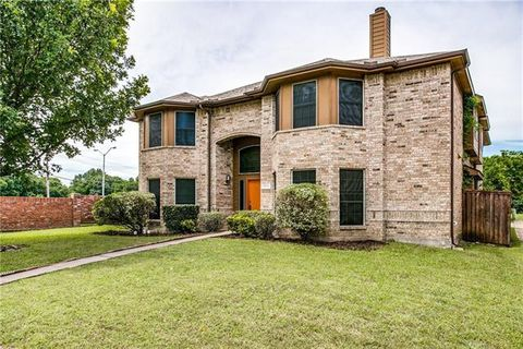 Photo of 503 Pecan Leaf Dr, Lancaster, TX 75146