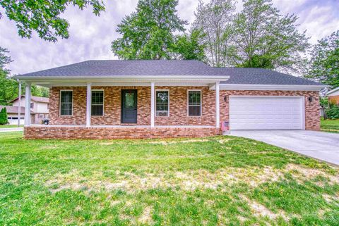 Photo of 1423 Clinton Dr, Boonville, IN 47601