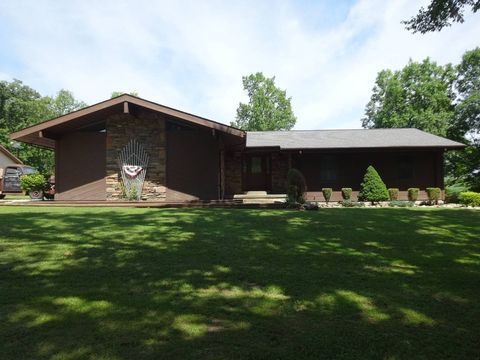 Photo of 11707 S Beechwood Rd, Leavenworth, IN 47137