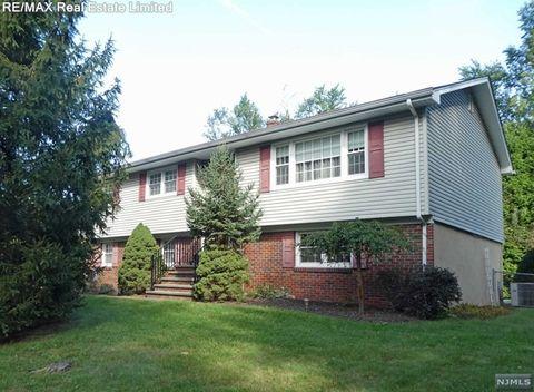 53 Hardenburgh Ave, Haworth, NJ 07641