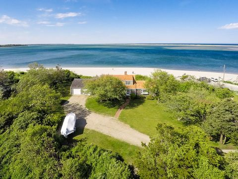 229 Scatteree Rd, North Chatham, MA 02650