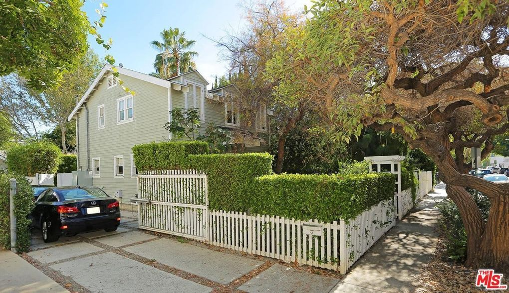 636 Huntley Dr, West Hollywood, CA 90069