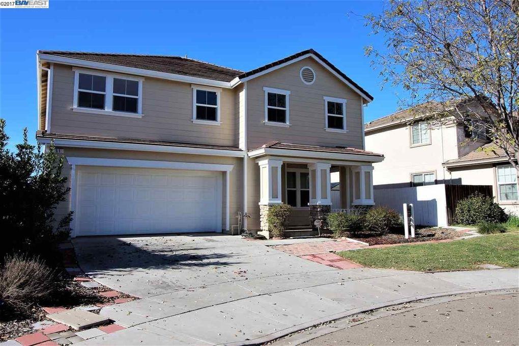 51 Snowy Egret Ct, Oakley, CA 94561