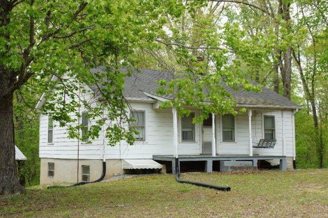 1040 Depot Ln, Nathalie, VA 24577 - Home For Sale & Real ...