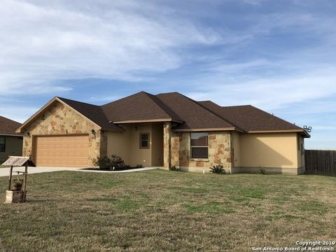 1828 Vista View Dr, Pleasanton, TX 78064