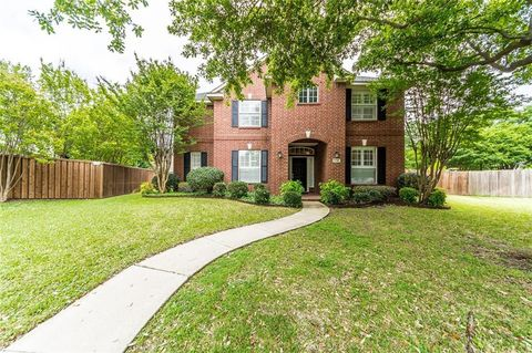 Photo of 9000 Azinger Dr, Plano, TX 75025