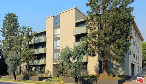 Photo of 16169 W Sunset Blvd Unit 204, Pacific Palisades, CA 90272