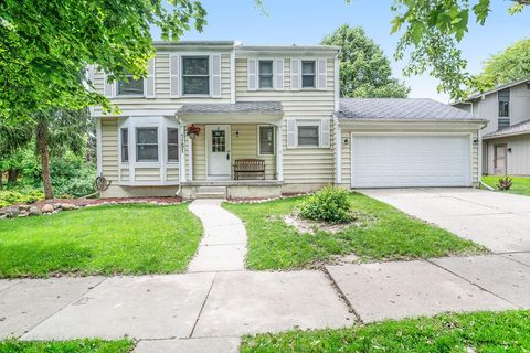 Photo of 1151 S Chartwell Carriage Way, East Lansing, MI 48823