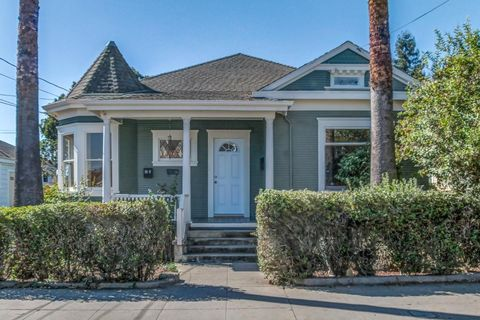 Photo of 19 Kilburn St, Watsonville, CA 95076