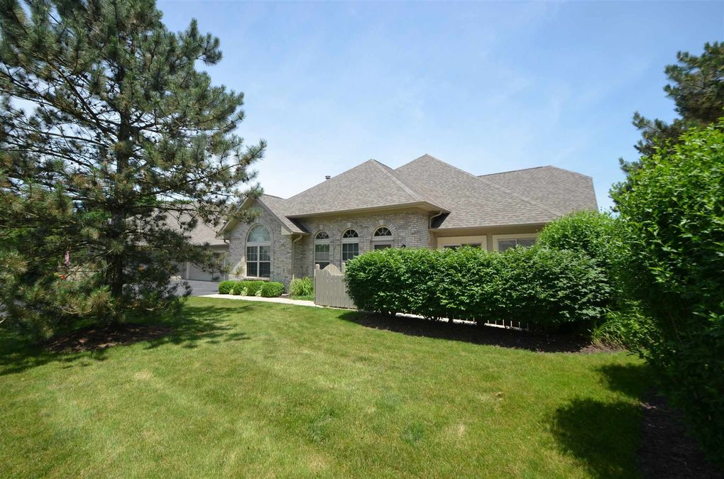 5186 Coventry Ln Fort Wayne, IN 46804
