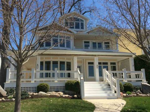 Waterfront Homes for Sale in Angola, IN - realtor com®
