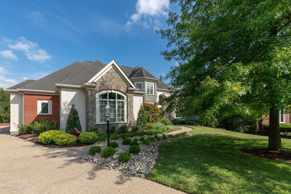 Wondrous 2503 Champion Lakes Ct Louisville Ky 40245 Home Interior And Landscaping Eliaenasavecom