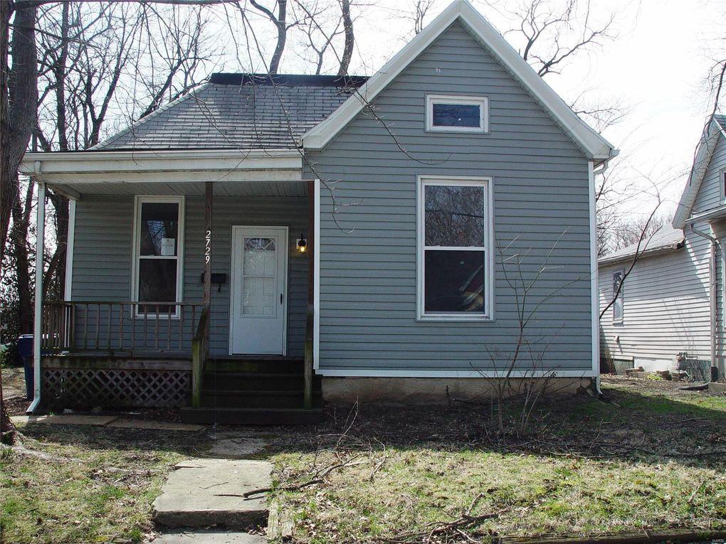 2729 Bostwick St, Alton, IL 62002