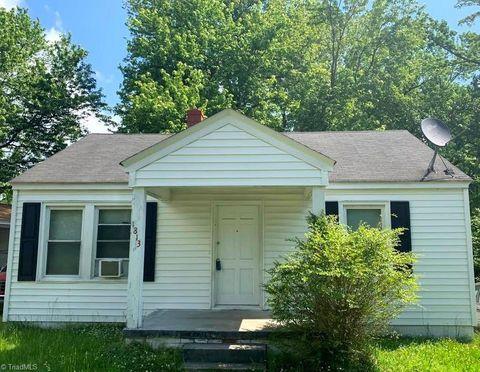 Photo of 1813 Willora St, Greensboro, NC 27406