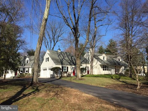 Photo of 1 Tall Timbers Dr, Lawrenceville, NJ 08540