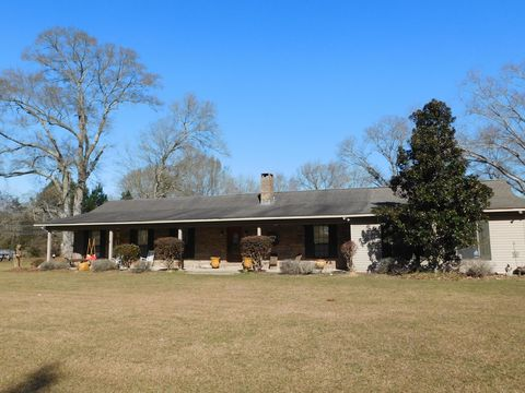 84 Mitchell Rd, Purvis, MS 39475