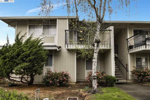 Photo of 14631 Doolittle Dr, San Leandro, CA 94577
