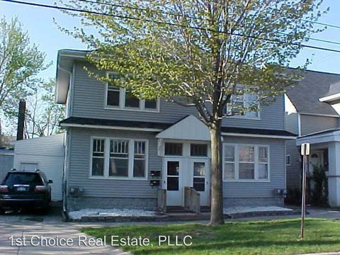 Photo of 122-1/2 E Elm St, Lansing, MI 48910