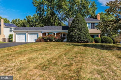 Photo of 19801 Spurrier Ave, Poolesville, MD 20837