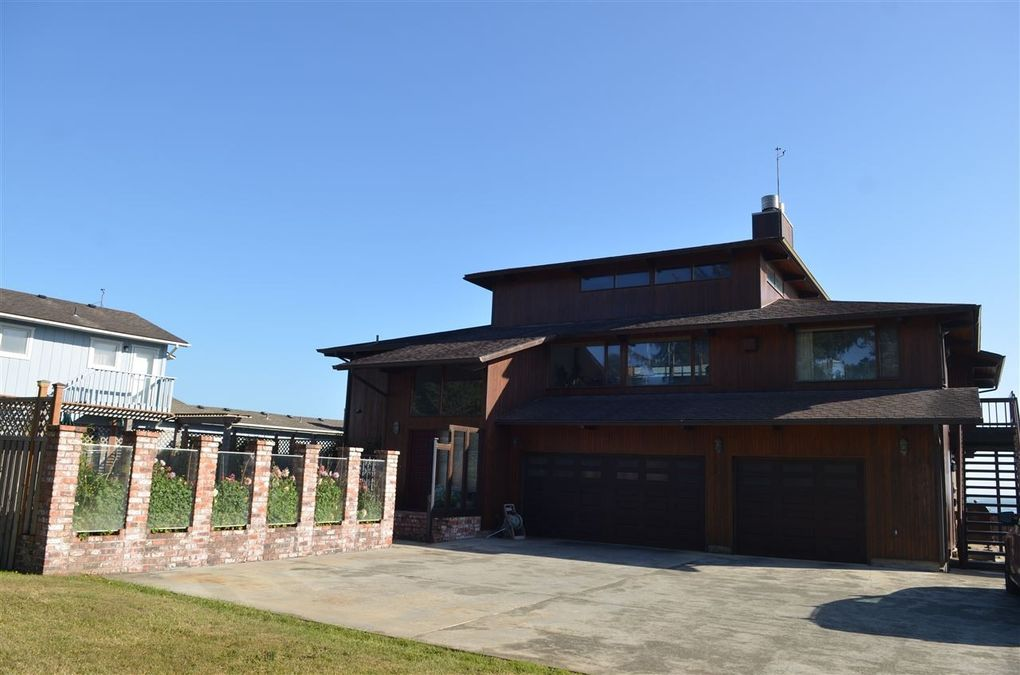 Homes For Sale On Pebble Beach Drive Crescent City Ca