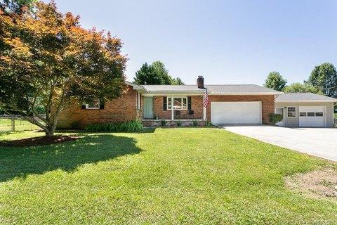108 Joyce Rd, Hendersonville, NC 28792