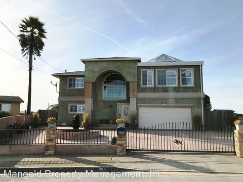 Photo of 482 Larsen Ct, Marina, CA 93933