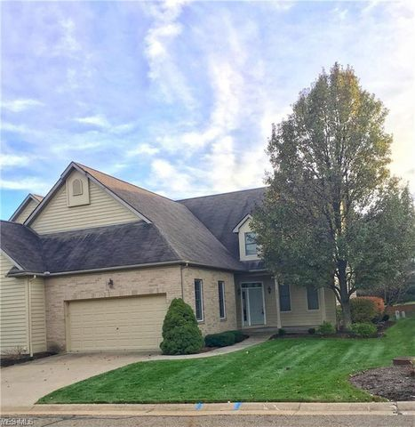 Photo of 6392 Saint Augustine Dr Nw, Canton, OH 44718