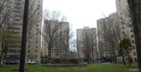 Photo of 1 Fordham Hill Oval Apt 8 E, Bronx, NY 10468
