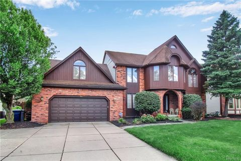 Wondrous Buffalo Ny Real Estate Buffalo Homes For Sale Realtor Com Home Interior And Landscaping Palasignezvosmurscom