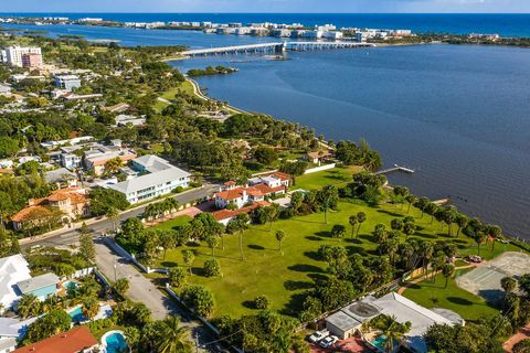 Photo of 1 5th Ave S, Lake Worth, FL 33460