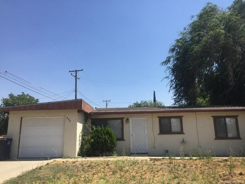 608 Brentwood Dr, Tehachapi, CA 93561