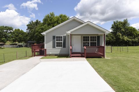 Photo of 19 Mc Kinney St, Englewood, TN 37329