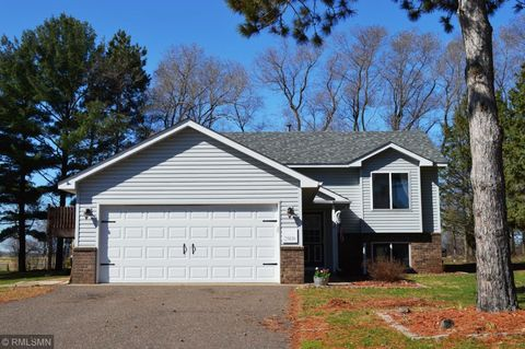 Photo of 25830 Finch Ct, Wyoming, MN 55092