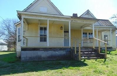 Photo of 62 Marsh Ave, Trion, GA 30753