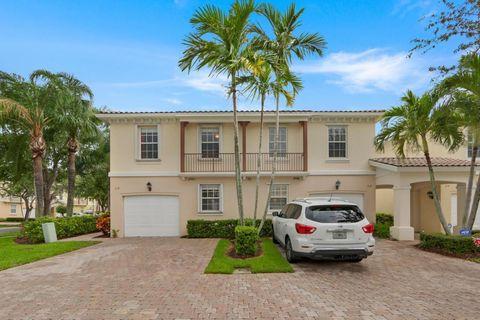 318 Salinas Dr, Palm Beach Gardens, FL 33410